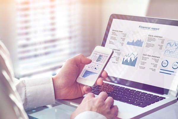 Man enjoys integrated accounting thanks to AI - Brainbridge